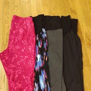 Maternity capri/athletic leggings bundle